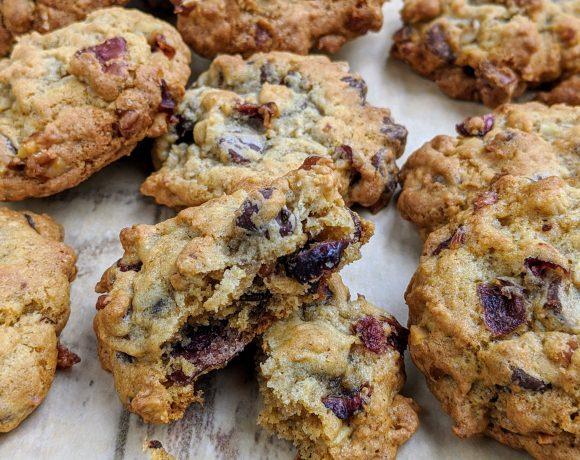 dark chocolate cranberry nut cookies